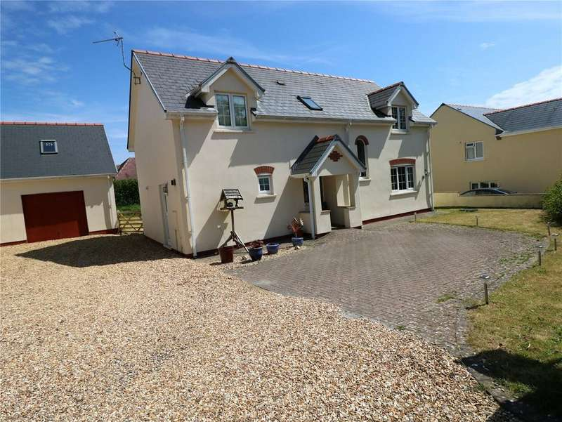 4 Bedrooms Detached House for sale in Michaels Walk, Cosheston, Pembroke Dock