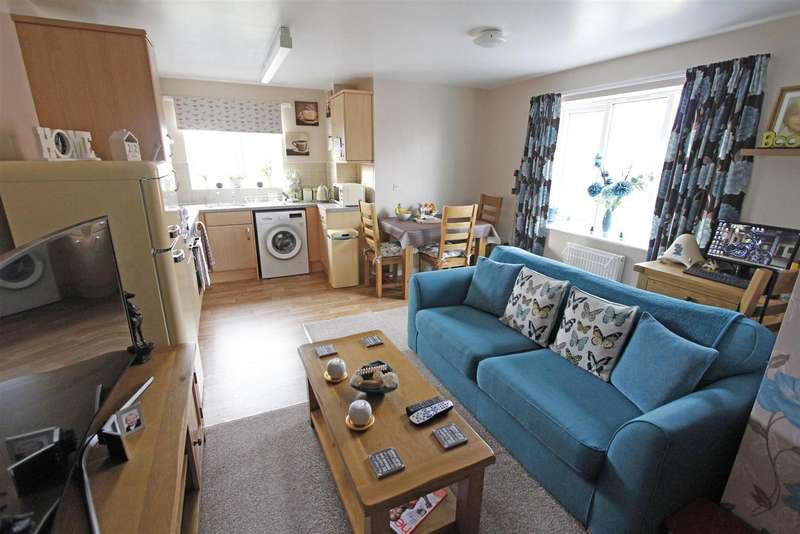 1 Bedroom Property for sale in Water Lane, Bourne