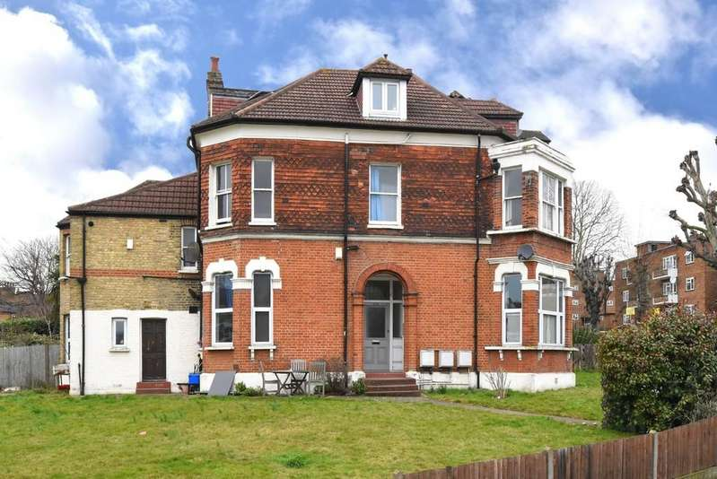 2 Bedrooms Flat for sale in Adelaide Avenue SE4