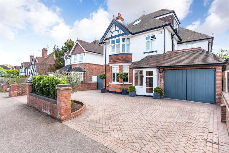 6 Bedrooms Detached House for sale in Belmont Road, Bushey, Hertfordshire, WD23