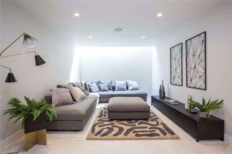 4 Bedrooms End Of Terrace House for sale in Eastern Road, London, N2