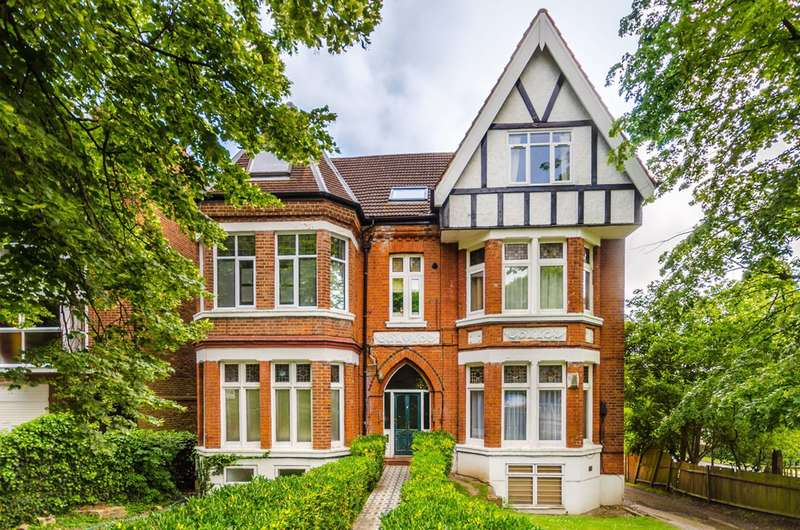 1 Bedroom Flat for sale in Auckland Road, Crystal Palace, SE19