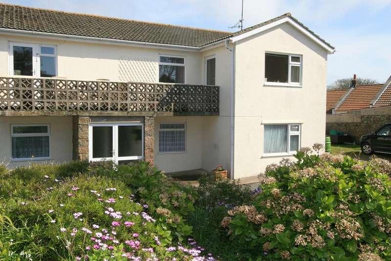 2 Bedrooms Apartment Flat for sale in Clos de Mouriaux, Alderney GY9