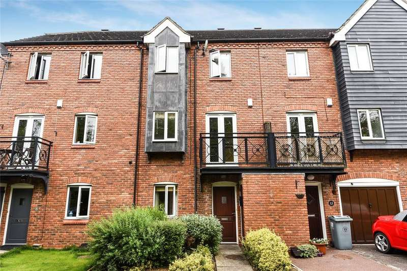4 Bedrooms Terraced House for sale in Anson Close, Grantham, NG31