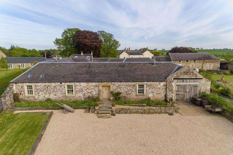 3 Bedrooms Barn Conversion Character Property for sale in Heiton, Kelso