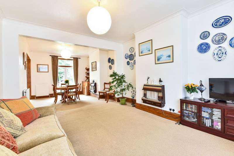 3 Bedrooms Terraced House for sale in Clevedon Road, Penge, SE20
