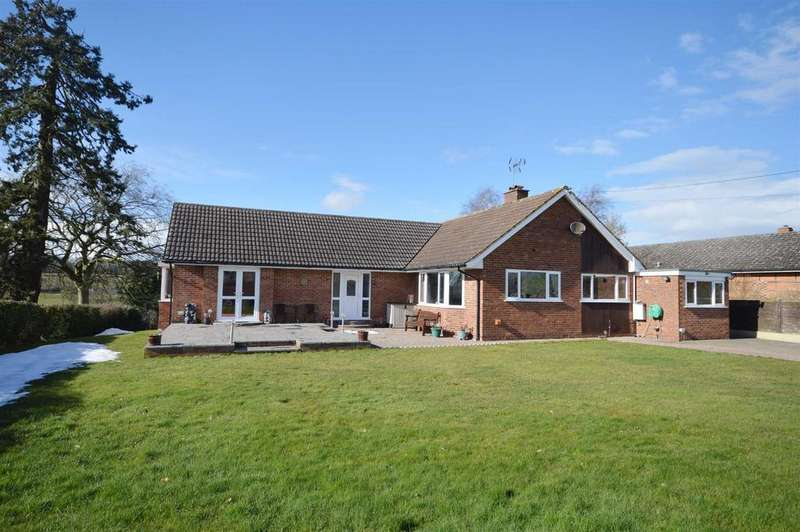 3 Bedrooms Detached Bungalow for sale in Church Bank, Kimbolton, Herefordshire