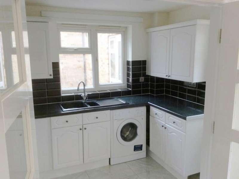 2 Bedrooms Apartment Flat for sale in Booth Road, Colindale, London NW9