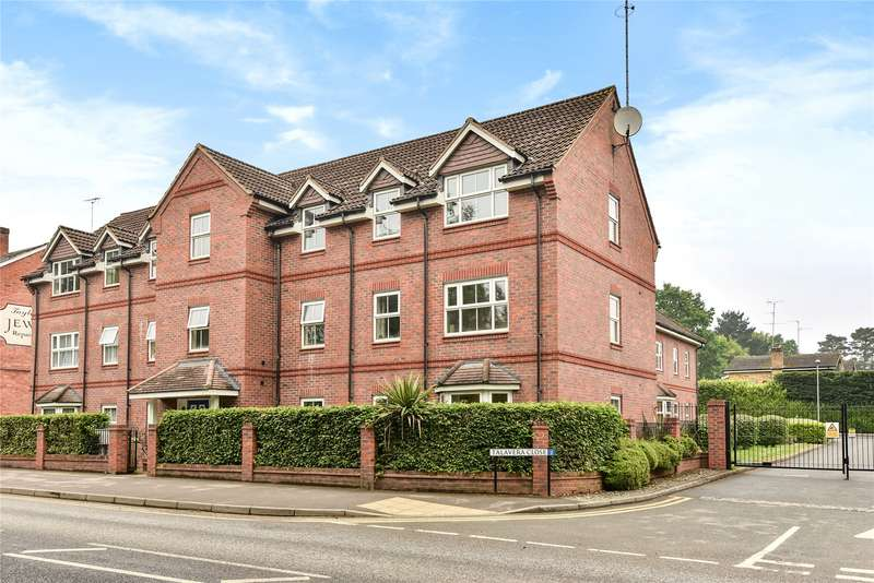 2 Bedrooms Apartment Flat for sale in Talavera Close, Crowthorne, Berkshire, RG45