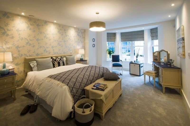 3 Bedrooms Flat for sale in Bristol Court Bristol Road