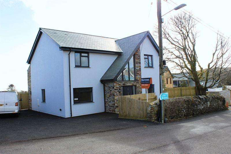 4 Bedrooms Detached House for sale in Trethurgy, St. Austell
