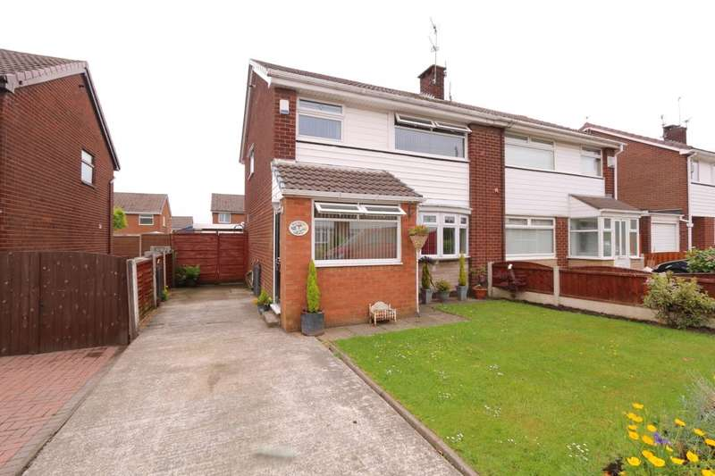 3 Bedrooms Semi Detached House for sale in Wood Hey Grove, Denton, Manchester, M34