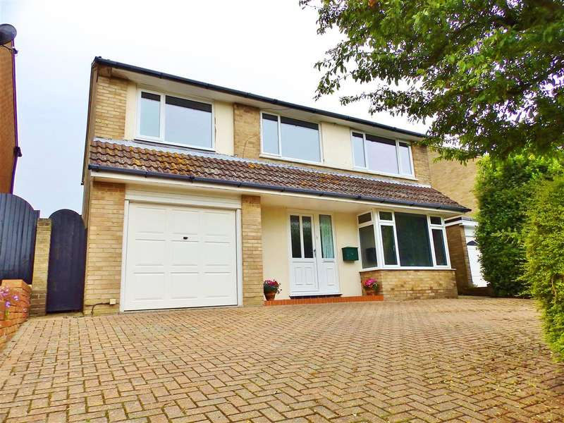 4 Bedrooms Detached House for sale in Glendale Avenue, Eastbourne