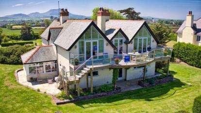 4 Bedrooms Detached House for sale in Lon Penrallt, Nefyn, Pwllheli, Gwynedd, LL53
