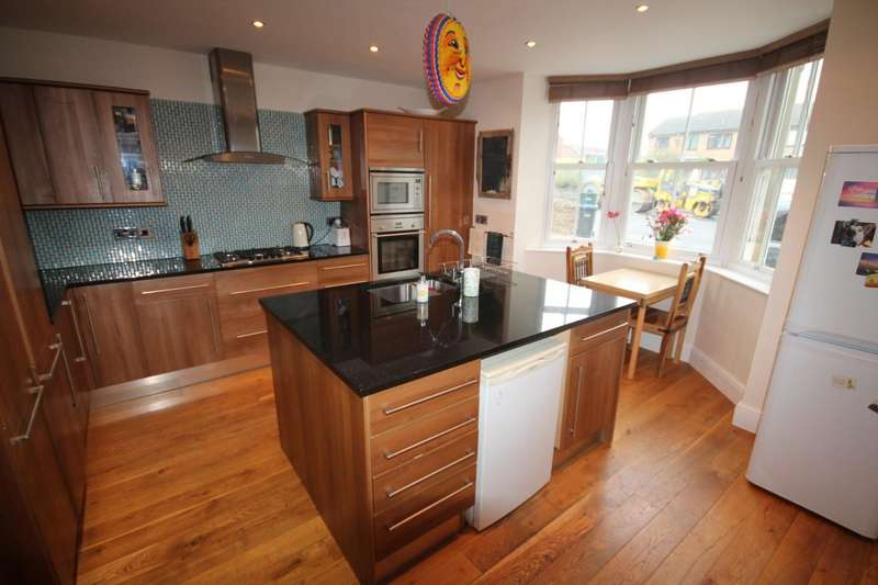 4 Bedrooms Detached House for sale in Chapel Mews, Toft Hill, Bishop Auckland