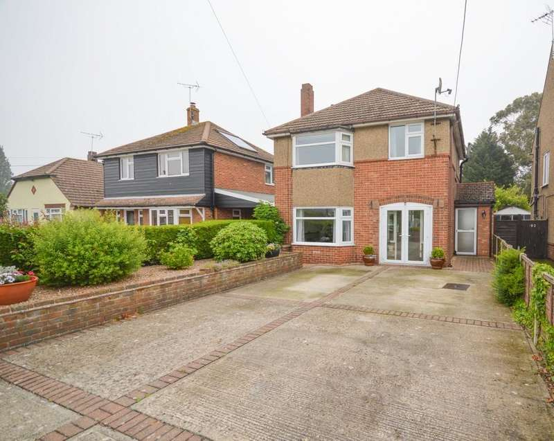 3 Bedrooms Detached House for sale in Ramsey