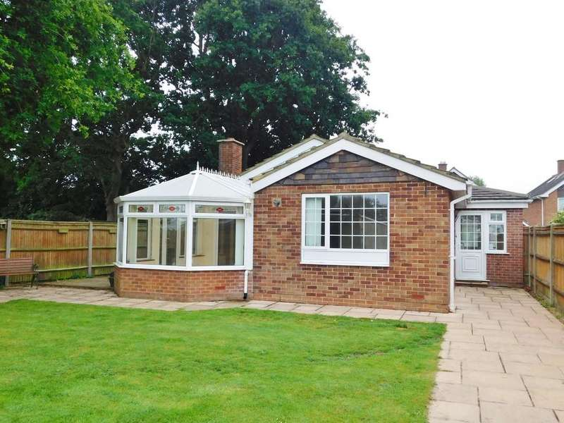 2 Bedrooms Detached Bungalow for sale in Staplers Reach, Gosport