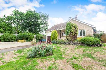 3 Bedrooms Bungalow for sale in Tedburn St. Mary, Exeter, Devon