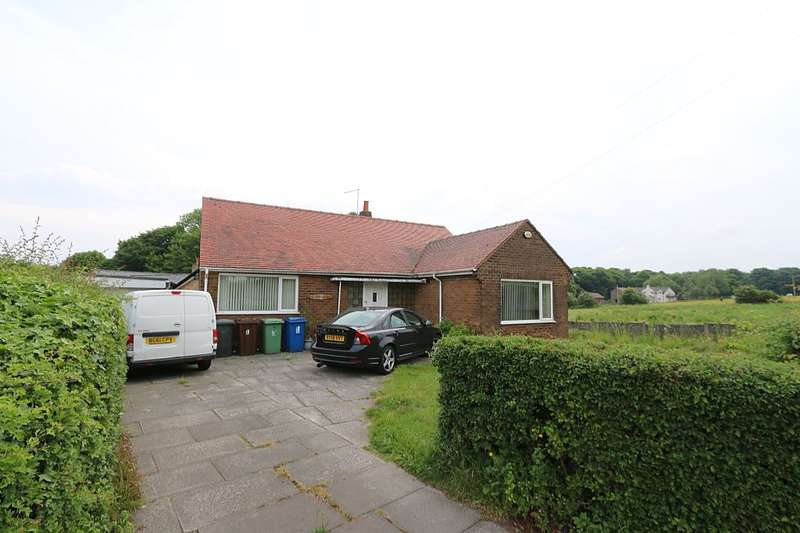 2 Bedrooms Detached Bungalow for sale in Winstanley Road, Billinge, Wigan, Merseyside, WN5 7XD