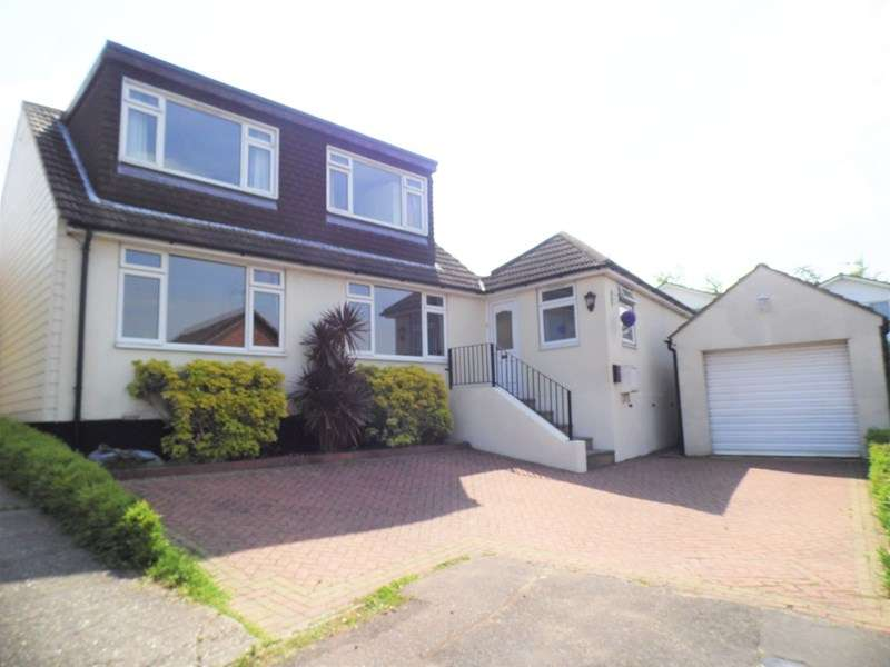 5 Bedrooms Detached House for sale in Kendal Close, Hullbridge, Hockley