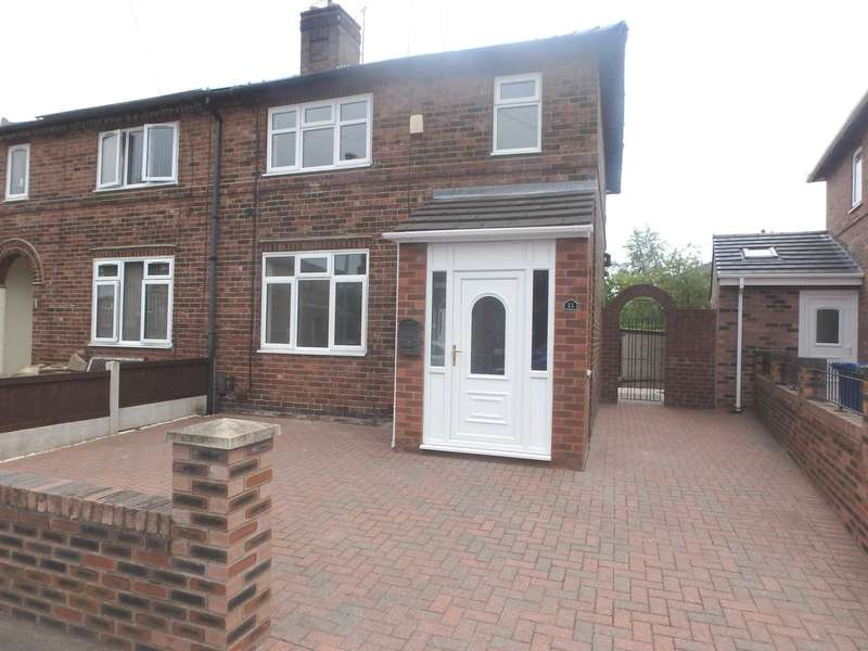 3 Bedrooms Semi Detached House for sale in Bowman Avenue, Latchford