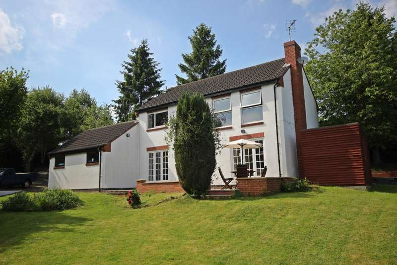 3 Bedrooms Detached House for sale in Lea Vale, Alfreton, DE55