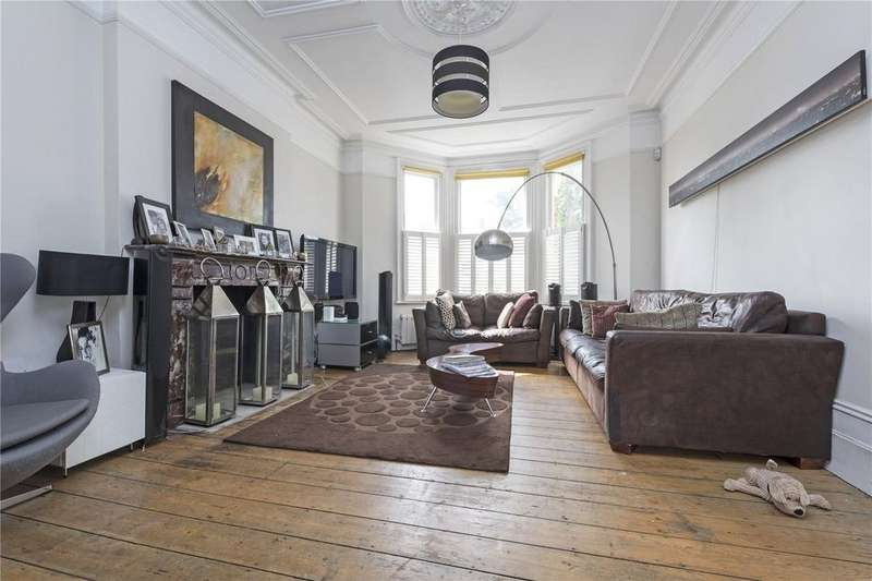 6 Bedrooms Semi Detached House for sale in Upper Tooting Park, London, SW17