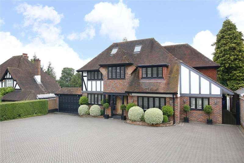 4 Bedrooms Detached House for sale in Banstead Road, Banstead, Surrey, SM7