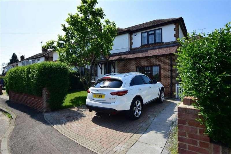 4 Bedrooms Semi Detached House for sale in Raglan Gardens, Caversham, Reading