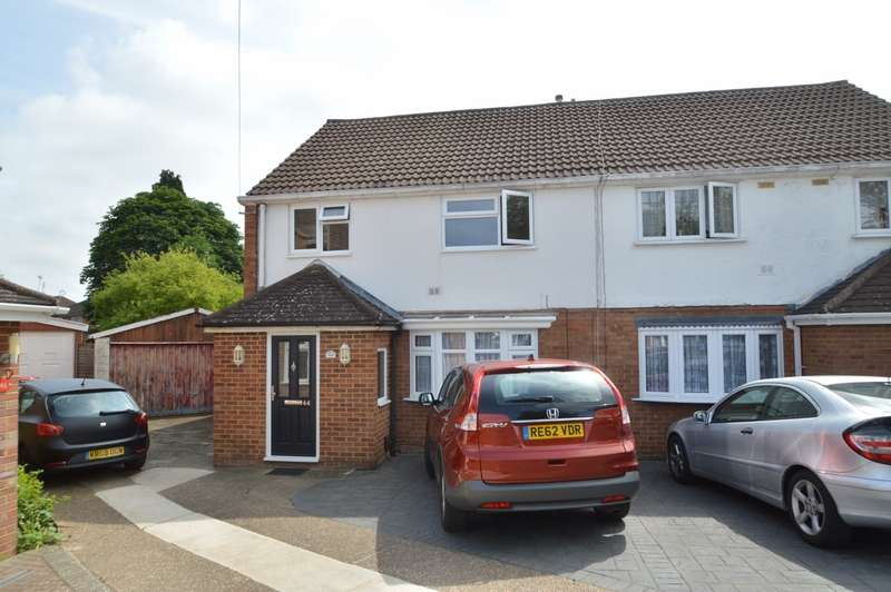4 Bedrooms Semi Detached House for sale in Talbot Avenue, Langley, SL3