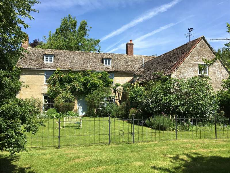 5 Bedrooms Detached House for sale in Chimney, Nr Buckland, Bampton, Oxfordshire, OX18