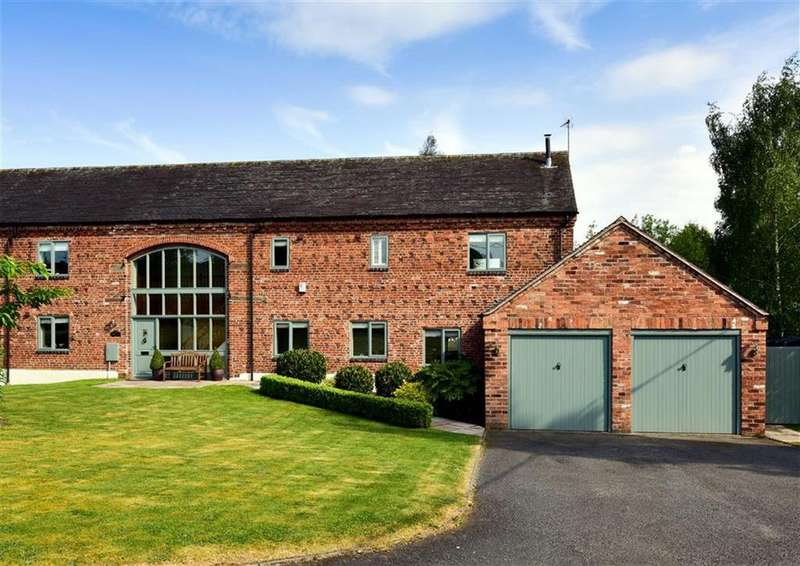 4 Bedrooms Barn Conversion Character Property for sale in The Hayloft, Congreve Court, Congreve, Staffordshire, ST19