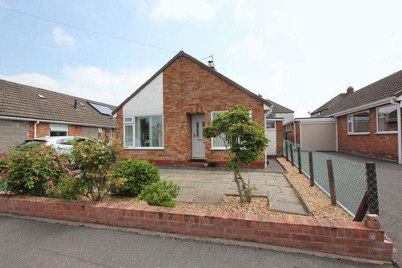 2 Bedrooms Detached Bungalow for sale in Abbey Court, Denbigh