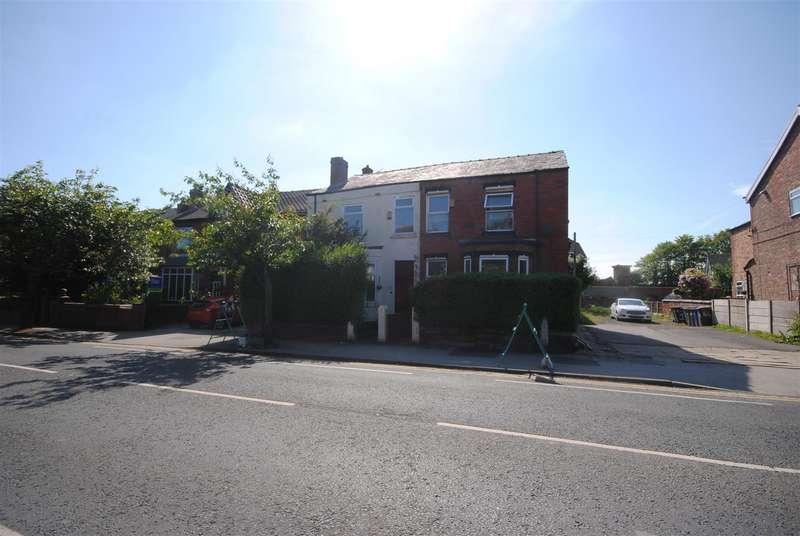3 Bedrooms Semi Detached House for sale in Kenyon Road Swinley, Wigan