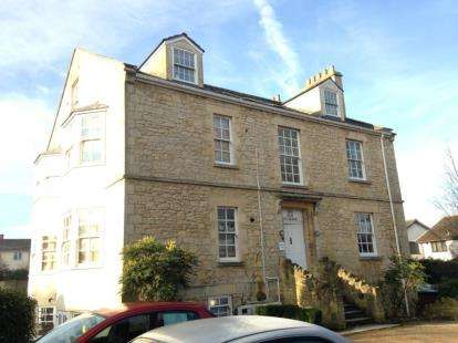 2 Bedrooms Flat for sale in The Old Vicarage, Vicarage Road, Bishopsworth, Bristol