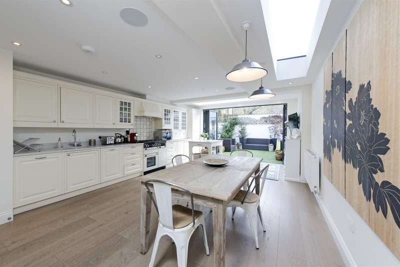5 Bedrooms Terraced House for sale in Ashness Road, Battersea, London