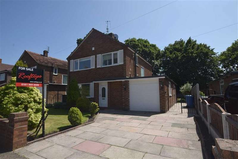 3 Bedrooms Detached House for sale in Cecil Avenue, Sale, M33