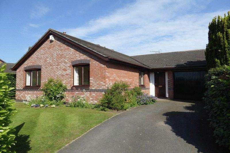3 Bedrooms Detached Bungalow for sale in Tarporley