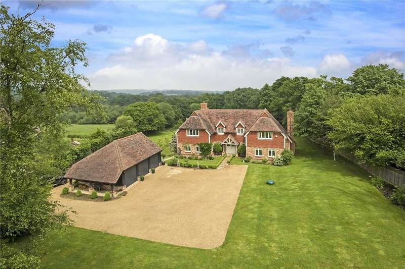 5 Bedrooms Detached House for sale in Gun Road, Blackboys, East Sussex