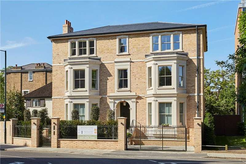 6 Bedrooms Detached House for sale in Mount Ararat Road, Richmond, TW10