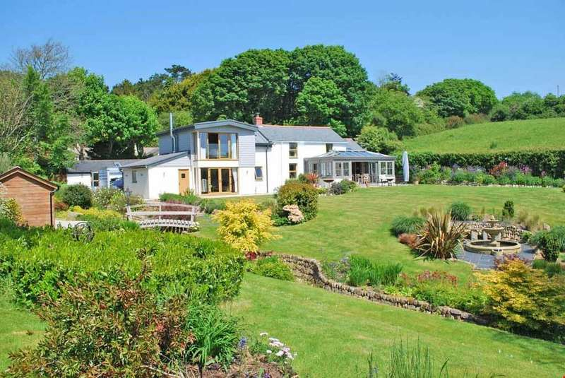 4 Bedrooms Detached House for sale in Gweek, Nr. Helford River, South Cornwall, TR12