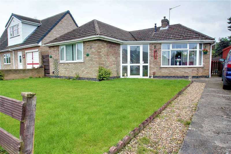 2 Bedrooms Bungalow for sale in Redwood Drive, Waddington, Lincoln