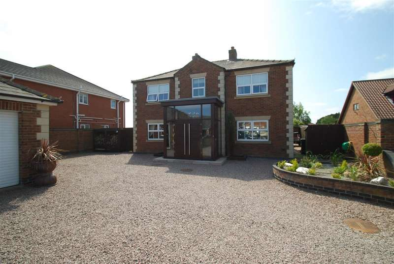 4 Bedrooms Detached House for sale in St Marys Close, Hogsthorpe