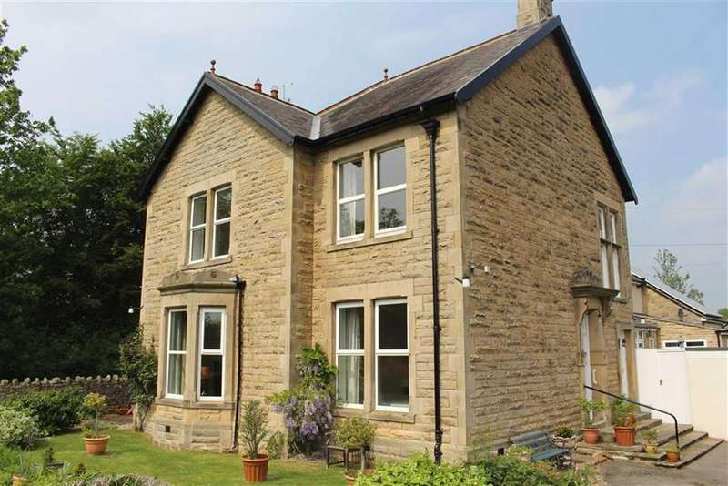 2 Bedrooms Apartment Flat for sale in Raby Avenue, Barnard Castle, County Durham