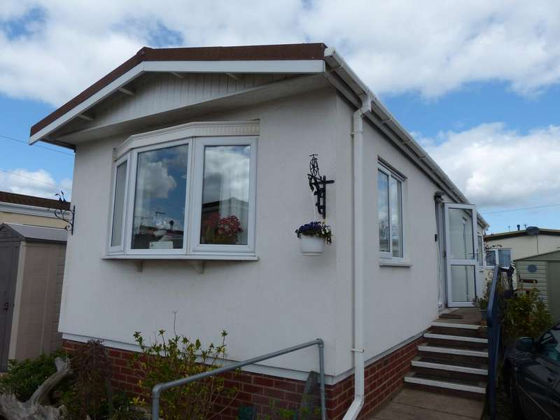 2 Bedrooms Park Home Mobile Home for sale in Fengate Park, Peterborogh PE1