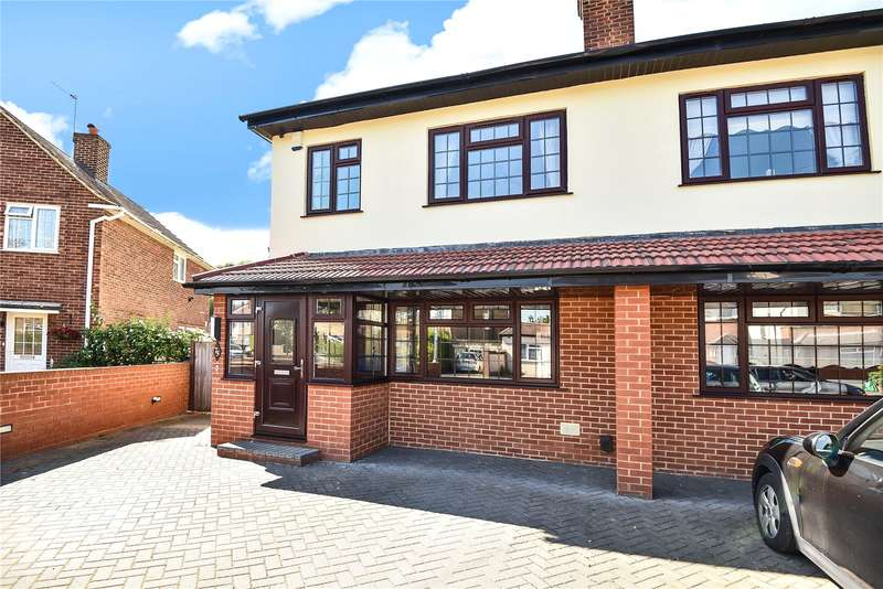 4 Bedrooms Semi Detached House for sale in Raynton Drive, Hayes, Middlesex, UB4