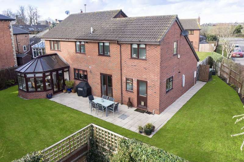 5 Bedrooms Detached House for sale in Newstead Drive , Southam CV47
