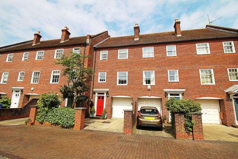 3 Bedrooms House for sale in Barbers Gate, Poole, BH15