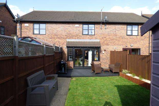 2 Bedrooms Terraced House for sale in Michael Foale Lane, Louth, LN11
