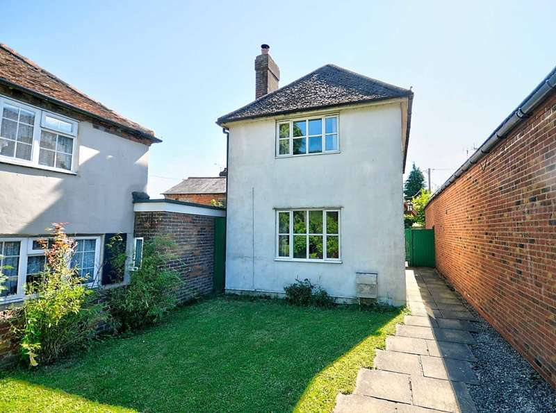 3 Bedrooms Detached House for sale in Church Street, Stokenchurch